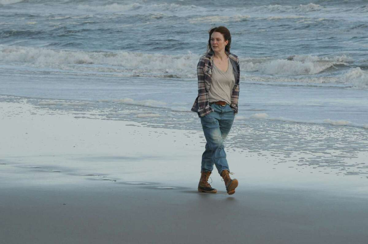 """Julianne Moore plays a woman with early-onset Alzheimer's disease in """"Still Alice."""""""