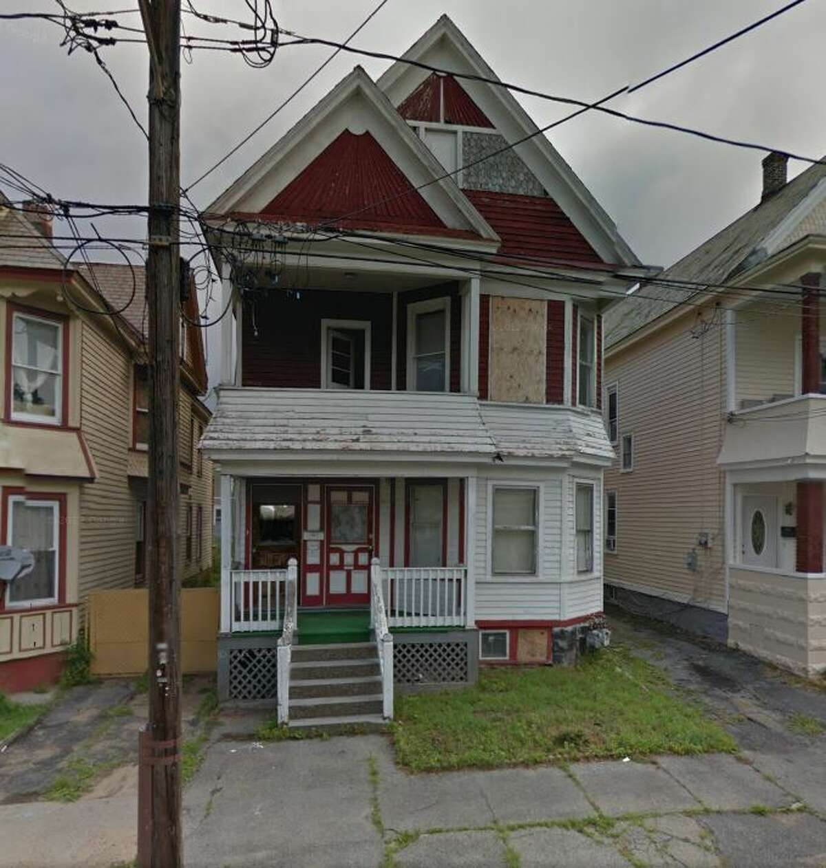 805 Lincoln Ave., Schenectady, $13,000. (Photo from Google)
