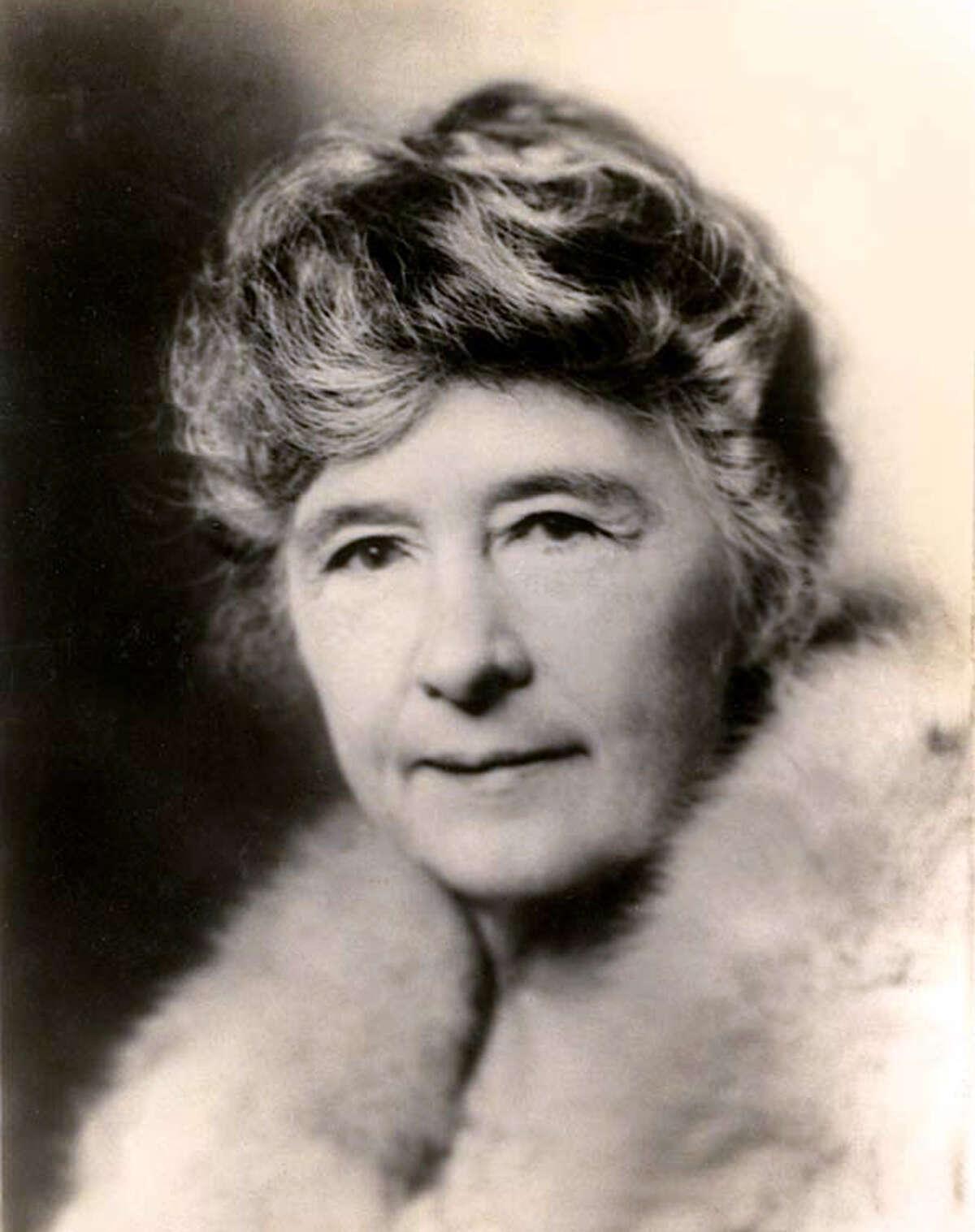 Adina de Zavala, circa 1910.