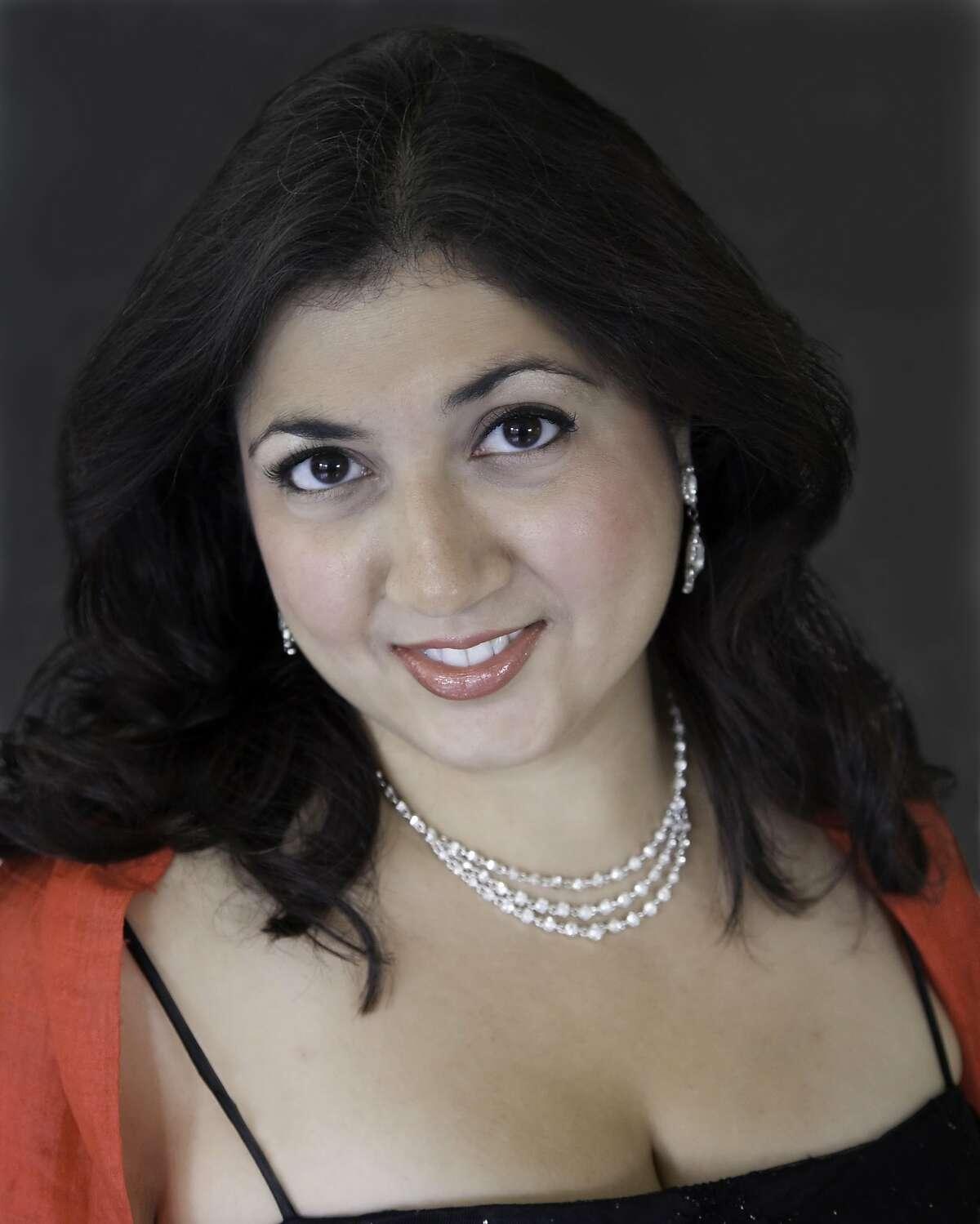Soprano Sherezade Panthaki
