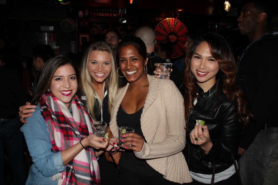 Midtown bar scene at Shot Bar Photo: Jorge Valdez/For The Houston Chronicle