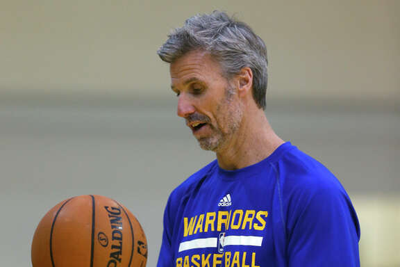 Golden State Warriors' assistant coach Bruce Fraser during practice in Oakland, Calif. on Monday, January 26, 2015.