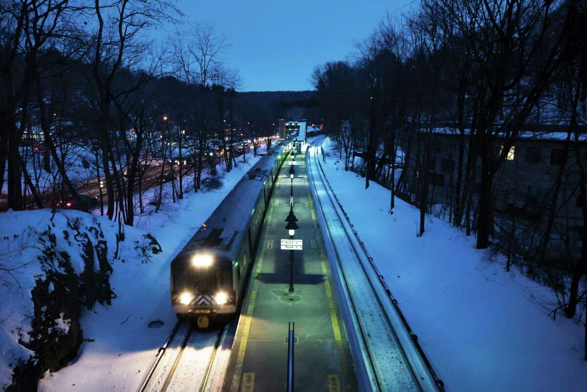A Metro-North Railroad train passes through Valhalla, N.Y., where on Tuesday a train hit an SUV on the tracks, leaving 6 dead, on Feb. 5, 2015. Two days after the deadliest train crash in the history of the Metro-North Railroad, investigators on Thursday sought to shed light on a central mystery of the crash: how a train-on-car crash spread its devastation to the inside of the train. (Karsten Moran/The New York Times) ORG XMIT: XNYT134