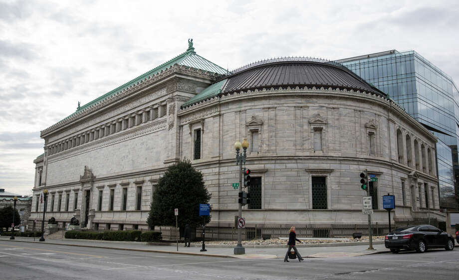 The financial failure of the Corcoran Gallery of Art in Washington left behind this building along with 17,000 pieces of art. Photo: DREW ANGERER / New York Times / NYTNS