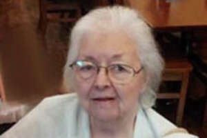 Ethel V. Obregon<137>, the former owner of a popular gift store, died after she was caught in her home when it caught on fire Jan. 20.<137>