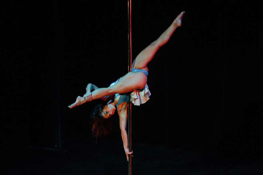 Pole athlete Ashley Popoli performs at the 2015 U.S. Aerial Championship at Rose Nagelberg Theater on February 7, 2015 in New York City. Photo: Ray Tamarra, Getty Images / 2015 Ray Tamarra