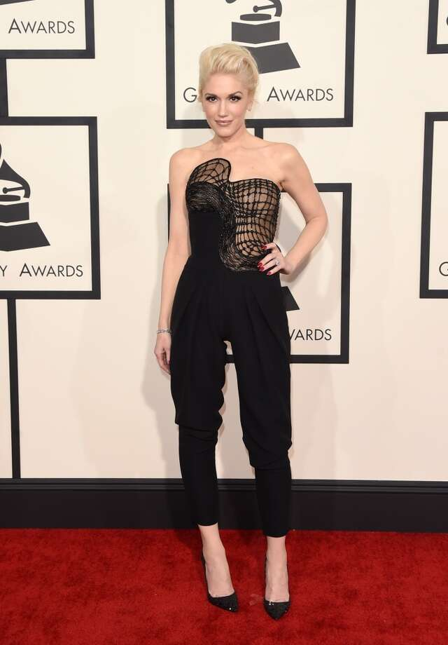 Gwen Stefani rocks the red carpet in Atelier Versace, showing her unique approach to evening wear. Photo: Jason Merritt, Getty Images