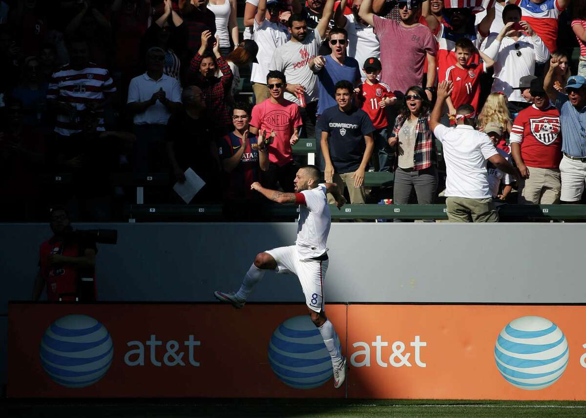 Nacogdoches native Clint Dempsey celebrates his goal against Panama in the first half of a friendly during the United States' 2-0 victory Sunday in Carson, Calif.