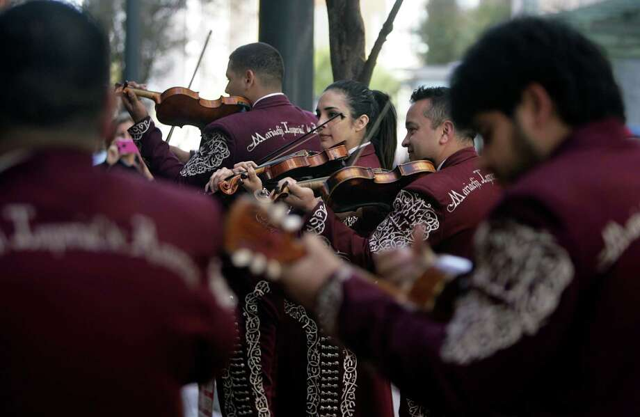 The Mariachi Imperial de America Photo: Mayra Beltran, Staff / © 2012 Houston Chronicle