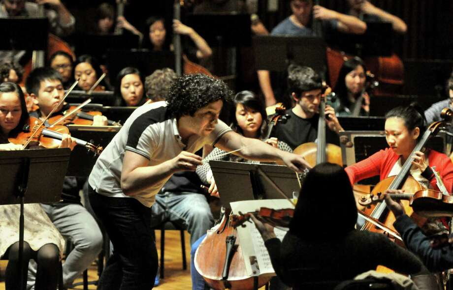 Gustavo Dudamel conducting the UC Berkeley Symphony in 2012. Photo: Cristina Taccone / Cristina Taccone 2012 / ONLINE_YES