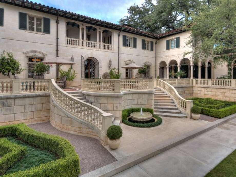 The Malcolm and Margaret Badger Reed Estate, nestled close to downtown Austin, was built in 1929 and is valued at $19.5 million. The three-story house sits on five acres and contains eight bedrooms, nine full bathrooms and six half bathrooms. Photo: Courtesy Of Eric Moreland/Moreland Properties/HarrisBoulevardEstate.com
