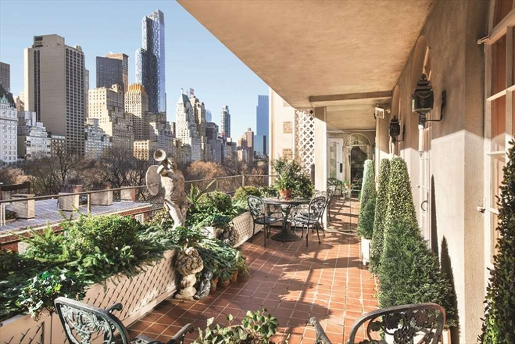 joan riversu0027 daughter is selling the late comicu0027s 28 million penthouse just off of central