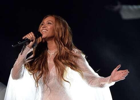 Beyoncé performs at the 2015 Grammys finale. Photo: ROBYN BECK, AFP / Getty Images