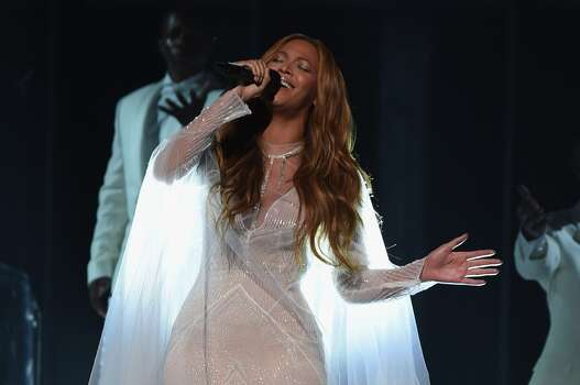 Beyoncé performs at the 2015 Grammys finale. Photo: Larry Busacca, Getty Images For NARAS