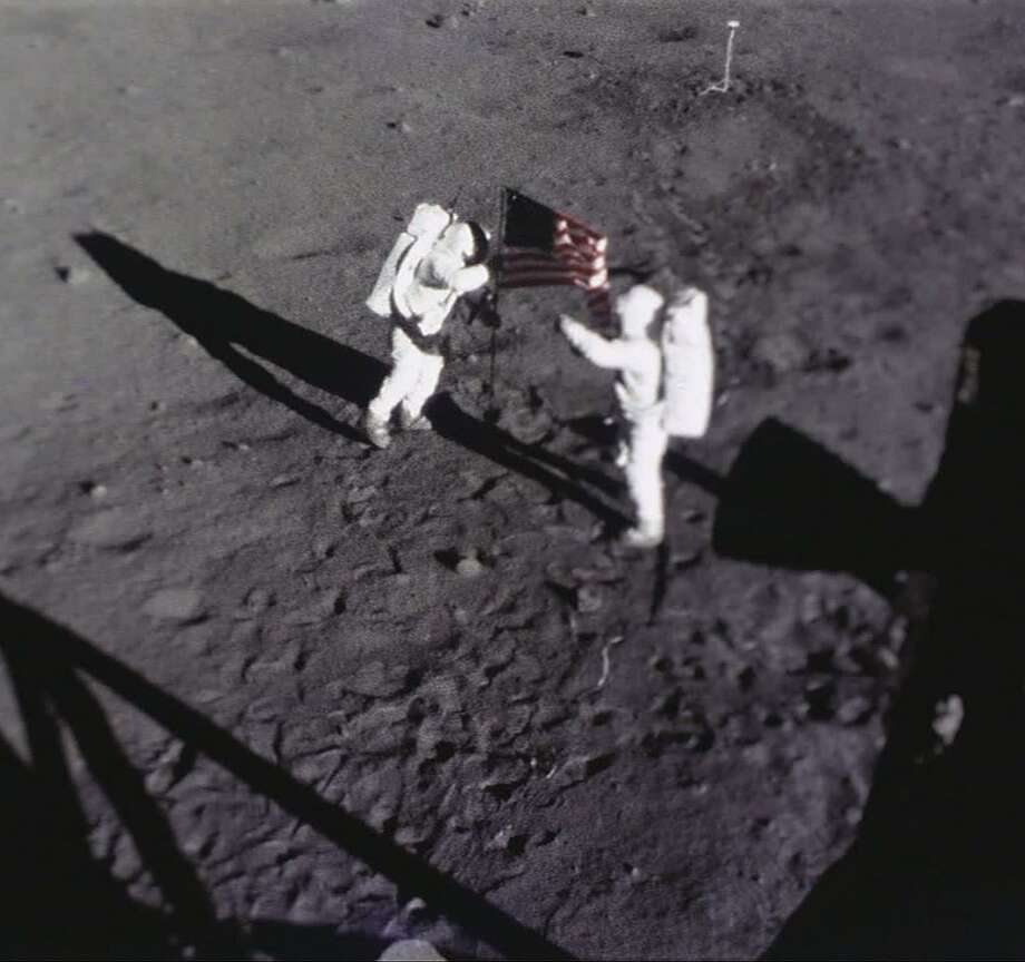 moon landing hoax flag - photo #18