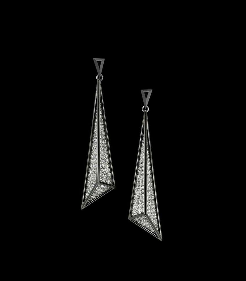 Zoltan David 3.75 carat diamond earrings.