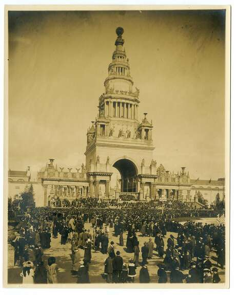 Panama Pacific International Exposition, San Francisco, 1915 - Tower of Jewels. Cardinell-Vincent Co. Courtesy California Historical Society Photo: Photographer: Unknown, CHS