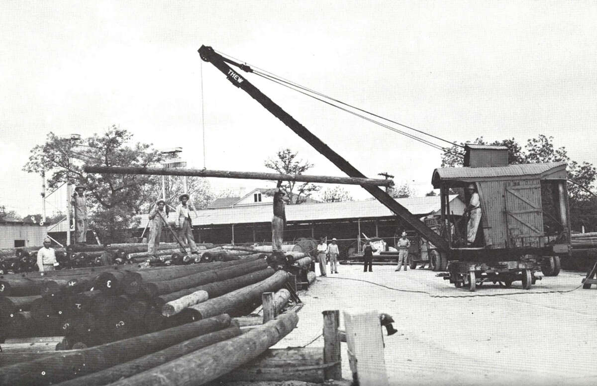 The pole yard at Jones Avenue in 1946