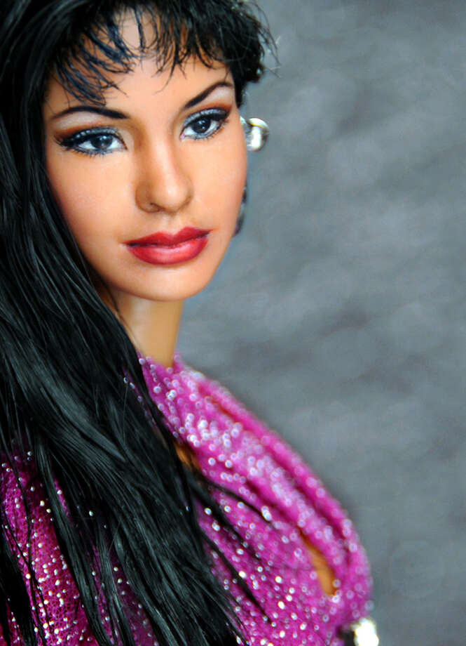 With the 20th anniversary of Selena's death approaching, an artist has repainted and sold a Selena Quintanilla doll for over a thousand dollars on eBay. Photo: EBay.com