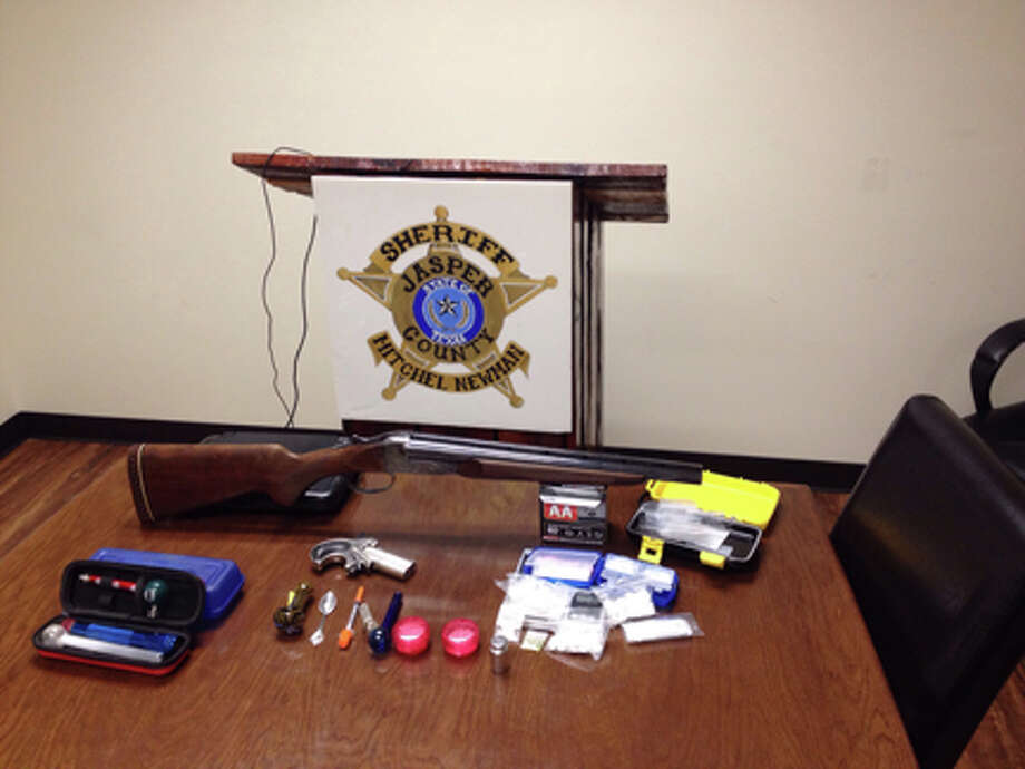 Guns and Meth confiscated in an early morning traffic stop courtesy photo