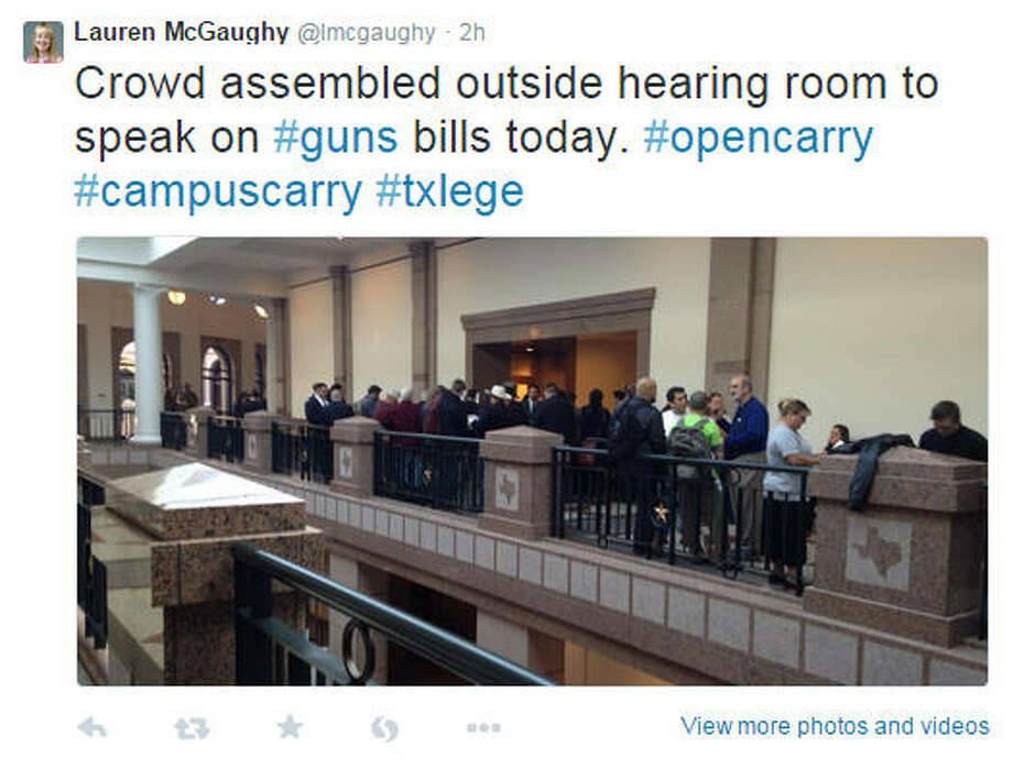 Large crowds turned out in Austin for public hearing on two controversial gun bills on Thursday, Feb. 12, one to legalize the licensed open carry of handguns and another to allow concealed handgun license holders to carry on campuses. Photo: Lauren McGaughy Via Twitter
