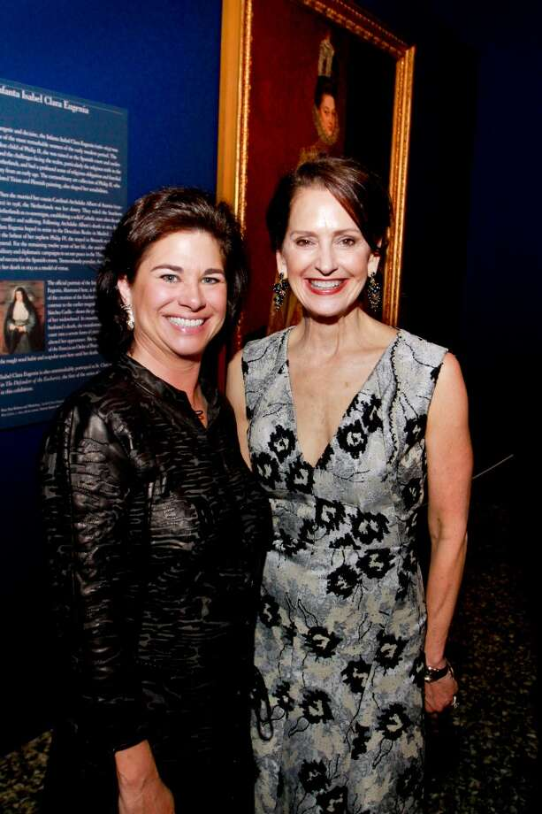 """Windi Grimes, left, and Laurie Morian at the patrons dinner for the MFAH exhibition """"Spectacular Rubens."""" (For the Chronicle/Gary Fountain, February 11, 2015) Photo: Gary Fountain, For The Chronicle"""