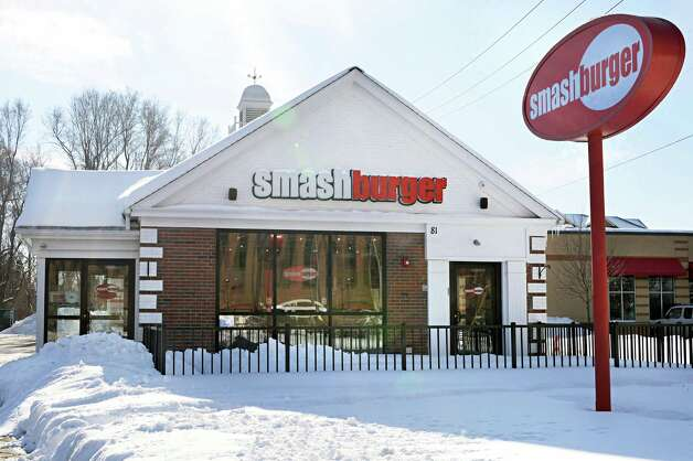 Exterior of Smashburger on Wolf Road Wednesday Feb. 11, 2015, in Colonie, NY.  (John Carl D'Annibale / Times Union) Photo: John Carl D'Annibale / 00030530A