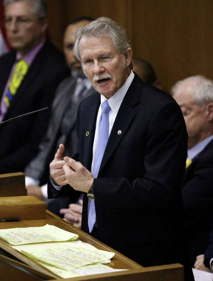 Oregon Gov. John Kitzhaber is involved in an ethics controversy. Photo: Don Ryan, STF / AP