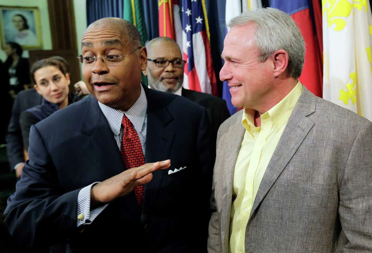 Texas Sen. Rodney Ellis, D-Houston, has filed legislation intended to fix issues that make DNA testing difficult for convicts. Since 1989, DNA tests have exonerated 52 Texans, including Michael Morton, right, who Ellis said could not have been exonerated under the Texas Court of Criminal Appeals' interpretation last year of DNA testing laws. (Photo / Associated Press)