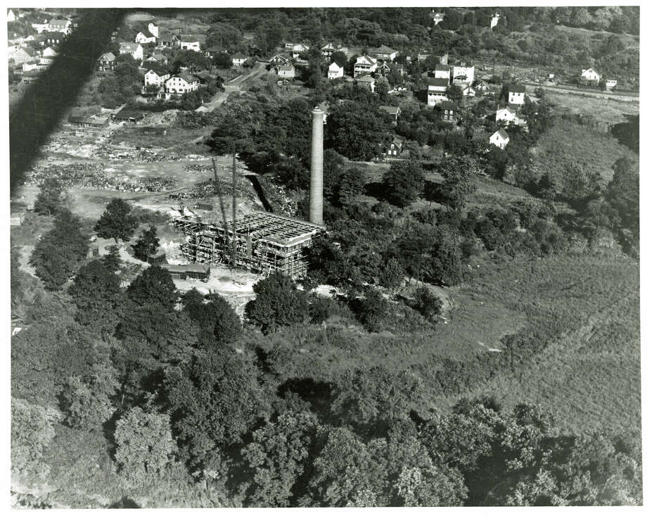 This arial photo, by John Gotch, shows construction of the new incinerator in Chickahominy. Hamilton Avenue is in the background. Photo: Contributed Photo/Greenwich Hist, Contributed Photo / Greenwich Time Contributed