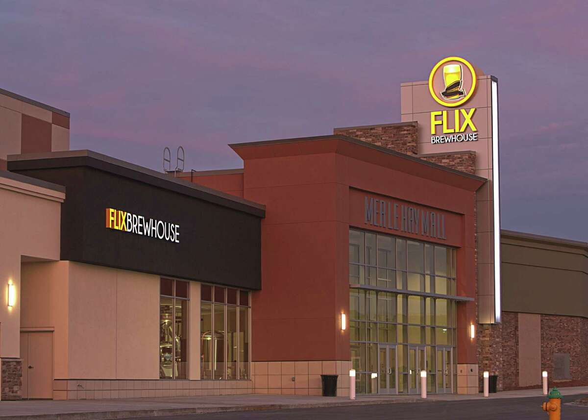 Flix Brewhouse, a cinema and dine-in microbrewery, is coming to Sugar Land. The Texas-based business primarily focuses on showing the latest Hollywood movies and serving their 12 in-house beers.