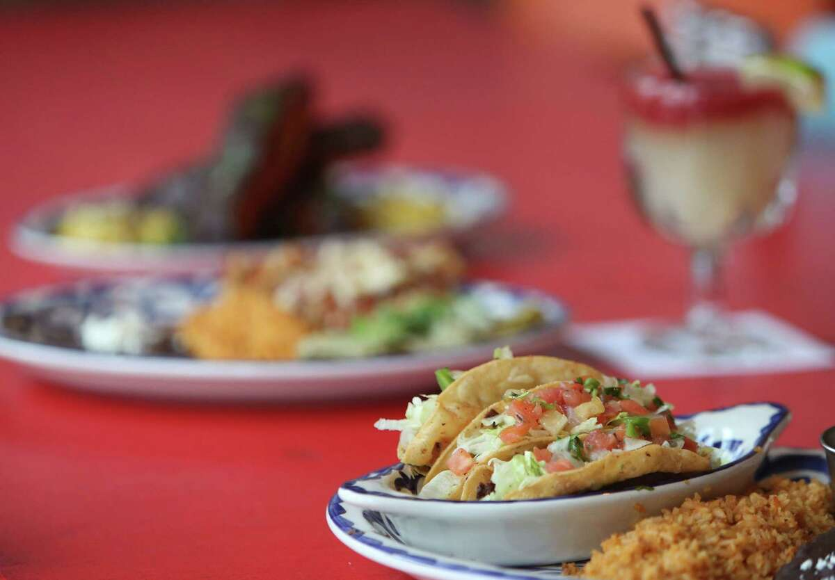 J 'N B Dorado Plate, deep fried crispy tacos, are served at The El Cantina Superior on Wednesday, Jan. 14, 2015, in Houston. ( Mayra Beltran / Houston Chronicle )