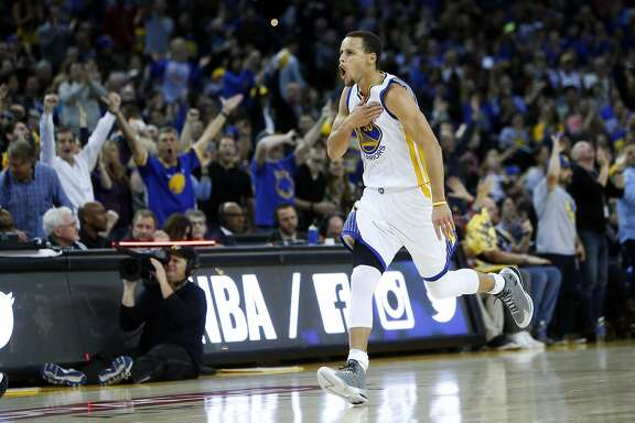 Golden State Warriors' Stephen Curry during 51 point performance against Dallas Mavericks in NBA game at Oracle Arena in Oakland, Calif. on Wednesday, February 4, 2015.