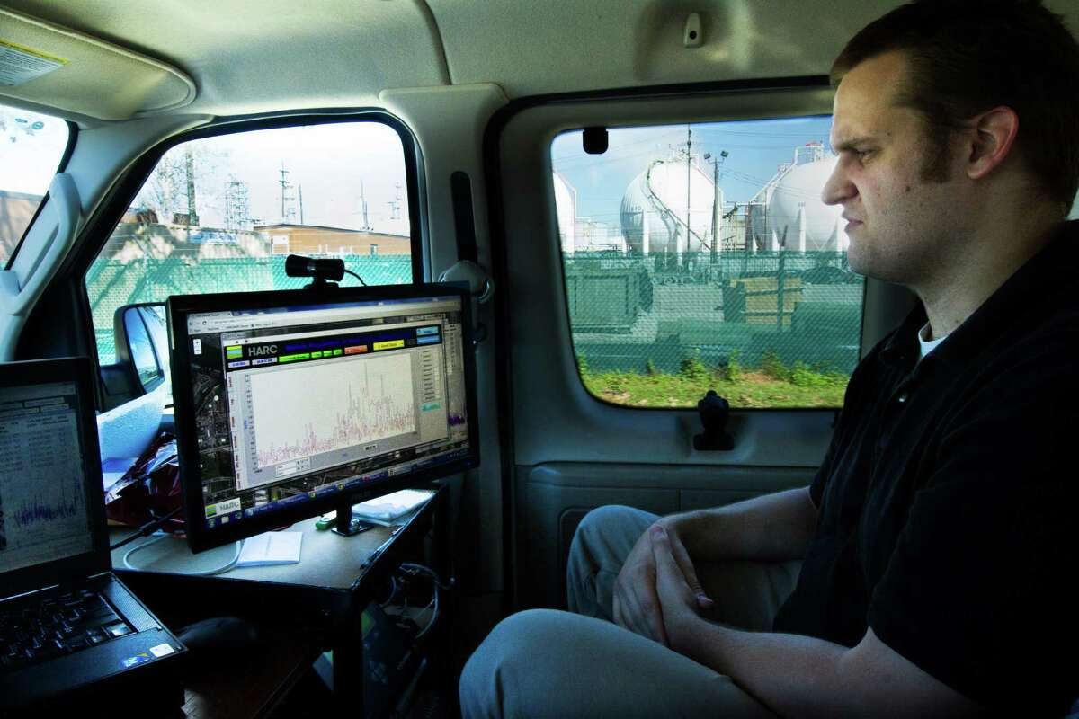 A research scientist monitors real time concentrations of air pollutants from a mobile lab in the Manchester, Galena Park, and Milby Park neighborhoods of Harris County. ( Marie D. De Jesus / Houston Chronicle )