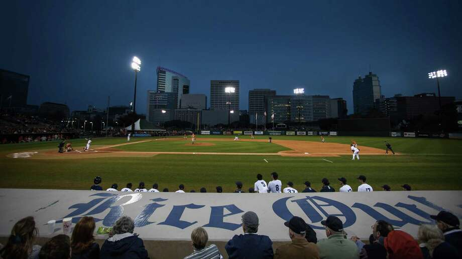 Rice's Reckling Park is getting a new 1,000 square foot LED video board for the 2017 season. Photo: Bob Levey, Houston Chronicle / ©2015 Bob Levey