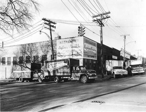 Former Rothbards' store, Lincoln Avenue, Albany, as seen in the 1960s. It was  owned and operated by Raymond Brown. (Lowell Brown)