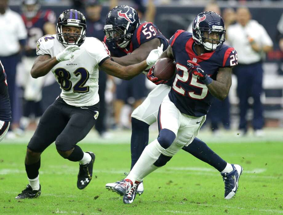 Texans cornerback Kareem Jackson (25), offensive tackle Derek Newton (75) and outside linebacker Brooks Reed are three players who could test the open market when free agency begins March 10. Photo: Brett Coomer, Staff / © 2014  Houston Chronicle
