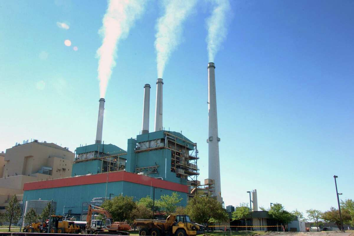 The four-unit Colstrip Steam Electric Station in Montana still supplies a portion of Washington's power. But two units are being phased out, and the other two may soon be put on a shutdown schedule.