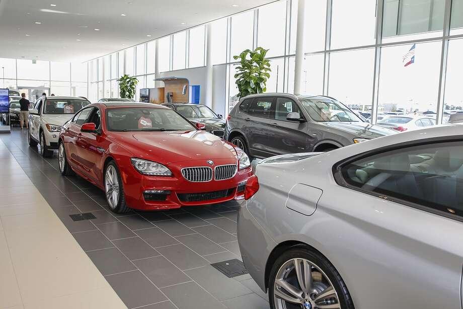 Houston Auto Sales Downshift Sonic Automotive S Quarterly