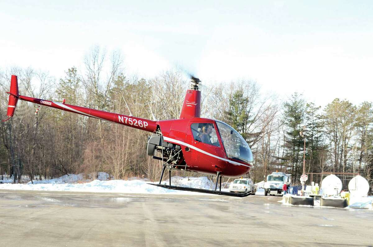 Independent Helicopters provides a variety of services, including flight instruction, tours, aerial photography, ferry flights and much more.