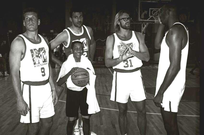 Jaleel White, Vlade Divac and Kurt Rambis during 1991 MTV Rock 'n Jock Basketball in Los Angeles, California, United States. (Photo by Jeff Kravitz/FilmMagic, Inc)