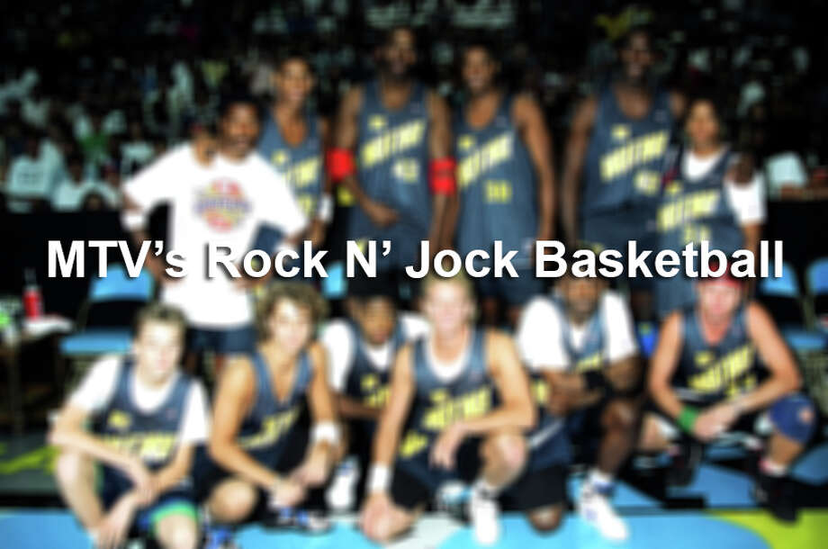 Click through to see the 90s music and movie stars that threw down on MTV's Rock N' Jock Basketball. Photo: Jeff Kravitz, Getty Images / FilmMagic, Inc