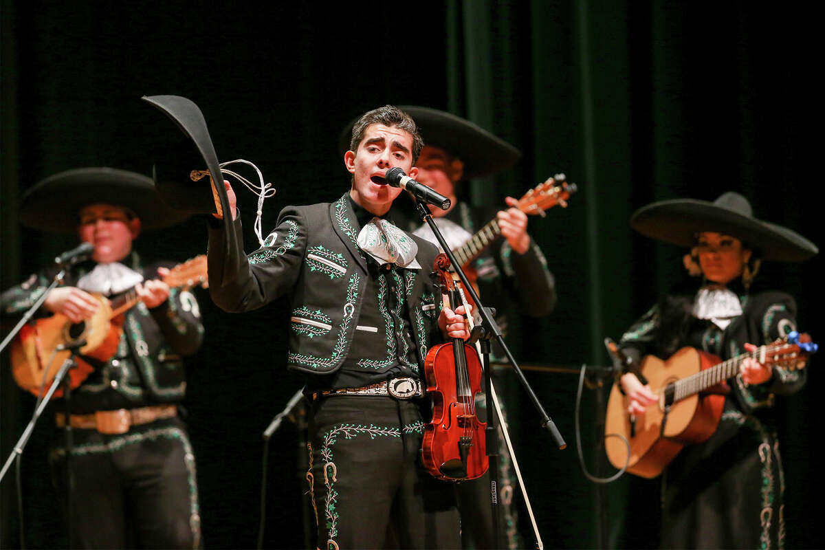 Violinist and vocalist Rafael Alvarado of the Southwest High School Mariachi Los Dragones sings his heart out during the 2015 Texas High School Mariachi Competition Finals at Southwest High School on Saturday, Feb. 7, 2015. Southwest finished fifth in this year's competition. MARVIN PFEIFFER/ mpfeiffer@express-news.net