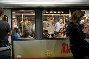 Muni train derails near S.F. State - Photo