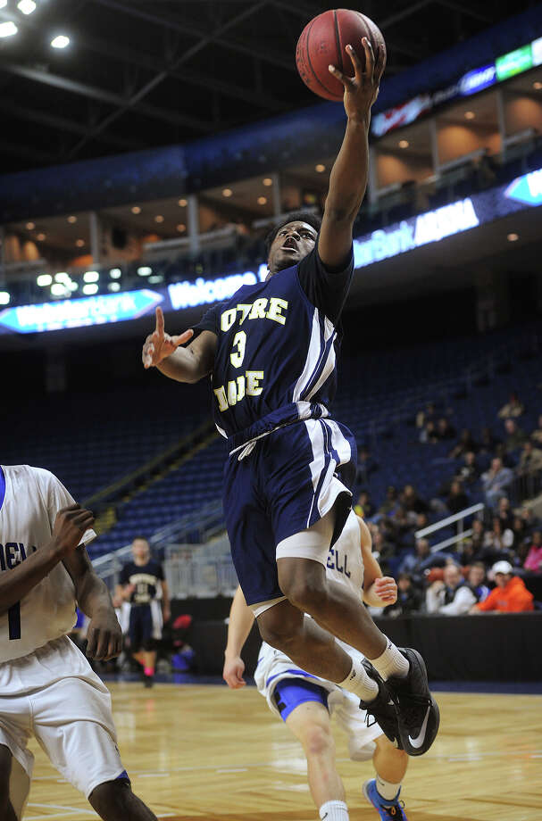 Notre Dame of Fairfield's Clinton Davidson drives to the basket during the fourth quarter of their victory over Bunnell at the Webster Bank Arena in Bridgeport, Conn. on Monday, February 16, 2015. Photo: Brian A. Pounds / Connecticut Post