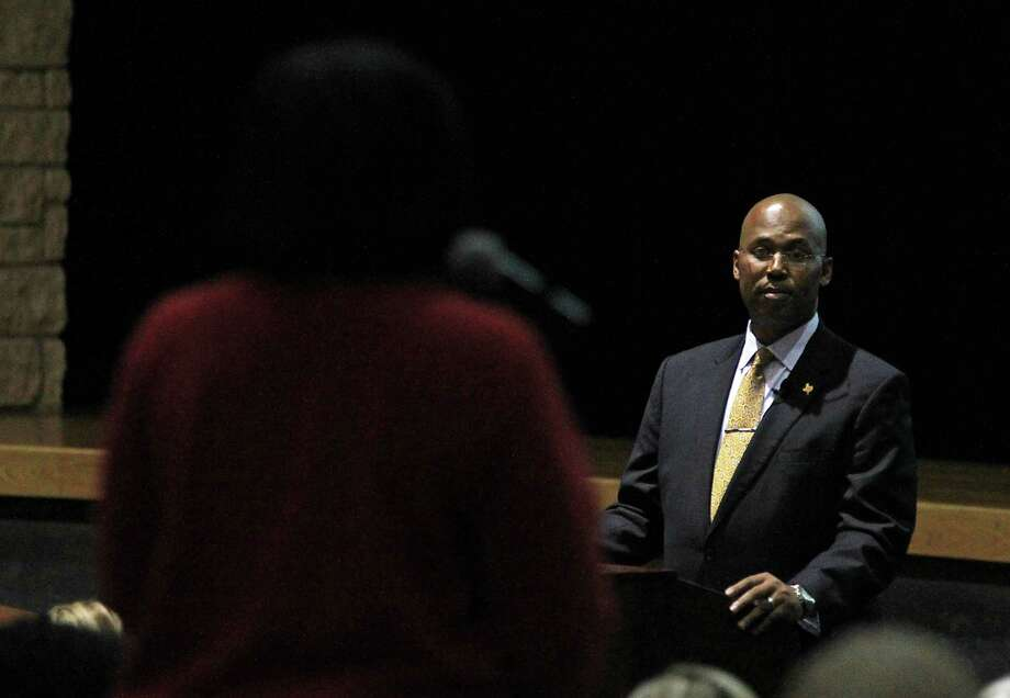 Spring Independent School District Superintendent Dr. Rodney Watson takes a question from a students parent during a meeting with parents and teachers on the scheduling and Photo: James Nielsen, Staff / © 2015  Houston Chronicle