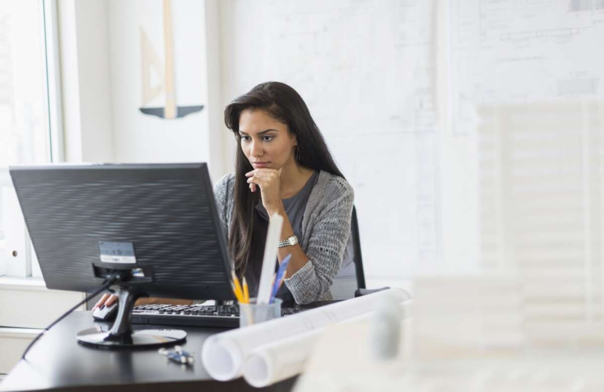 25. Sales engineerAverage base salary : $90,899 | Number of job openings: 5,508