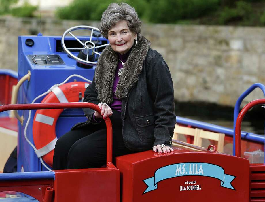 Former San Antonio Mayor Lila Cockrell sits on the back of a river barge named for her earlier this month. Photo: Bob Owen /San Antonio Express-News / © 2015 San Antonio Express-News