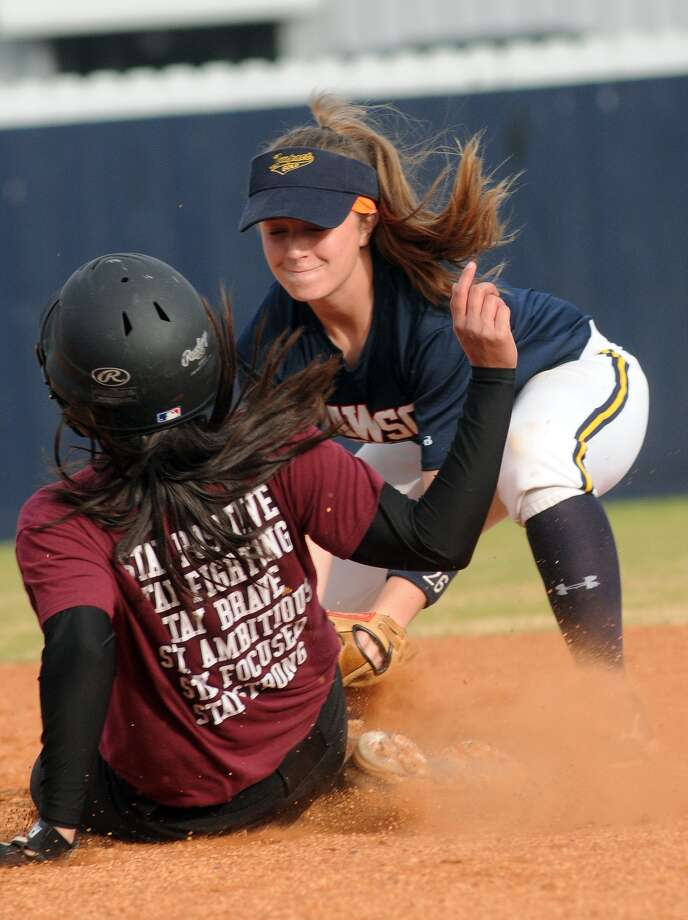 Dawson's Amber Langston, right, is one of the key returning veterans for Dave McCorkle's Eagles. Photo: Jerry Baker, Freelance