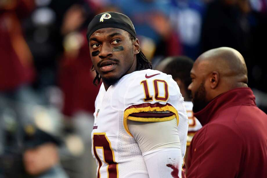 ROBERT GRIFFIN III's CASTThe cast Griffin used while out with a dislocated ankle that was autographed by the entire Redskins team fetched $1,522 from -- get this -- a podiatry student. Photo: Alex Goodlett, Getty Images / 2014 Getty Images